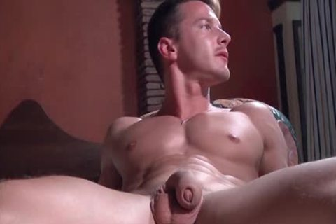 Muscle homosexual ass with cumshot