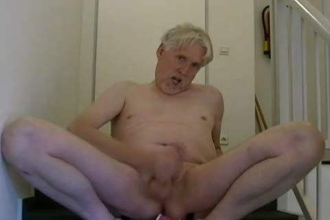 TPV - Pornmodel Tom Had A Very attractive Masturbation Session