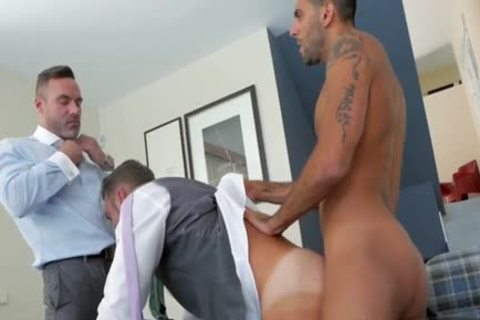 Muscle homo threesome With ejaculation