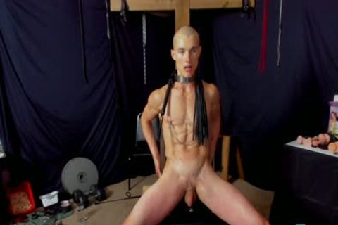 Flirt4Free guys Hoss Kado Explores His bdsm Side By spanking His ideal Ripped Body