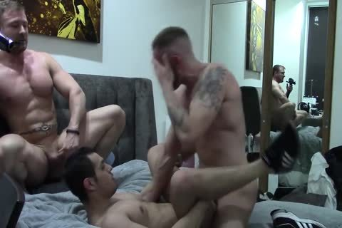AW And His lover Take Turns slamming A Bottom