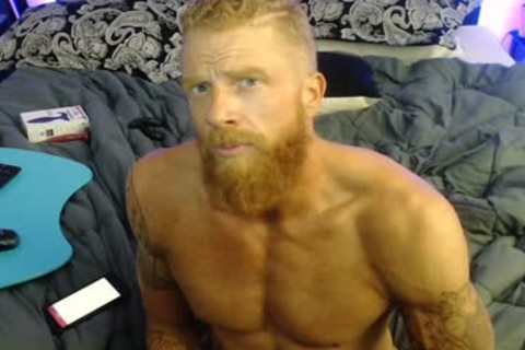 Straight Ginger webcam dude