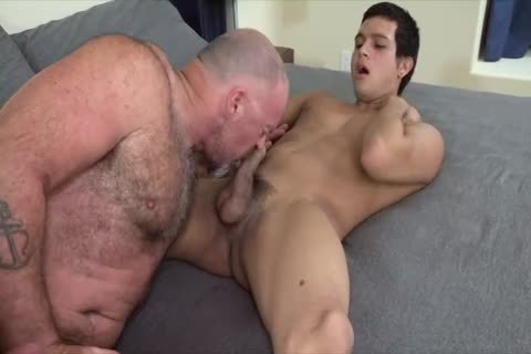 Bear pokes Latino hoe