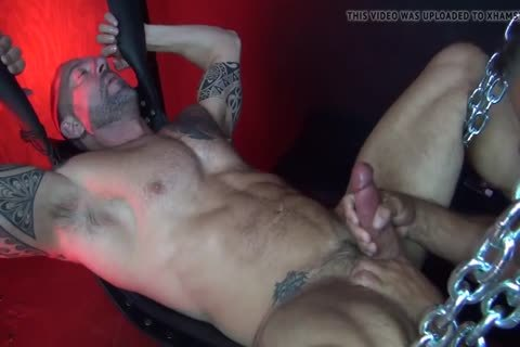 Muscle Daddy raw hammer