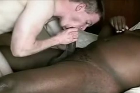 White chap acquires plowed By plump black
