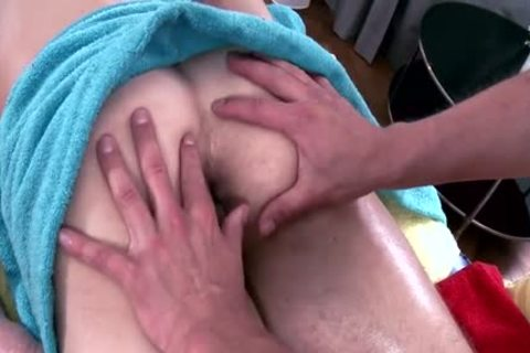 Muscle Daddy anal job With Massage