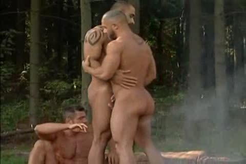 Forest Three-way: Don Ca Millo, Alex Baresi & Francois Sagat - Breathless