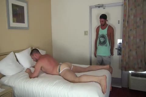 Muscle Bottom receives gangbanged In Hotel Room