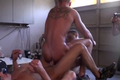 Muscle dilettante three-some With Facial