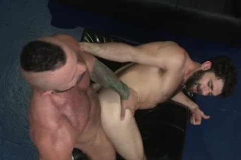 Muscle Bear butthole And Facial sperm