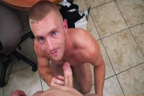 Muscle homosexual blow job With Facial
