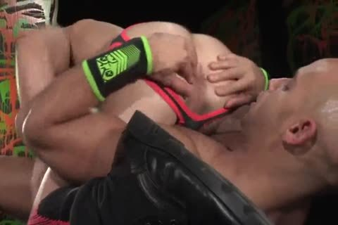 Sebastian Kross nails Sean Zevran
