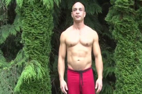 naughty Bald Muscle chap Shows Off His 9-inch Sausage