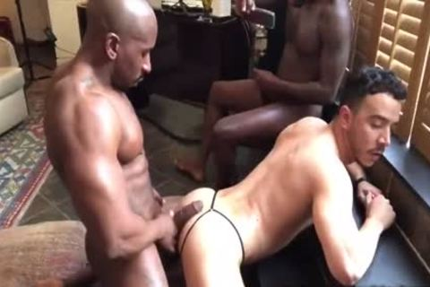 Double Dicking Alessio With Max Konnor & Avatar Akyia