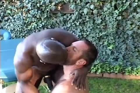 Daddy Getting boned By Muscle Massage Therapist