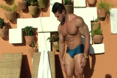 Gil Baiano - Clay Stone - yummy Oiled Hung Bodybuilder