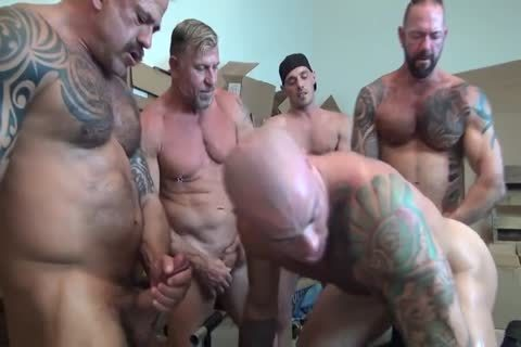 Sean Duran acquires group gangbanged