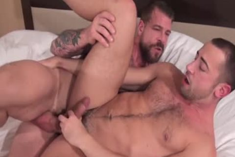 Rocco Steele pound Donnie Dean (raw)