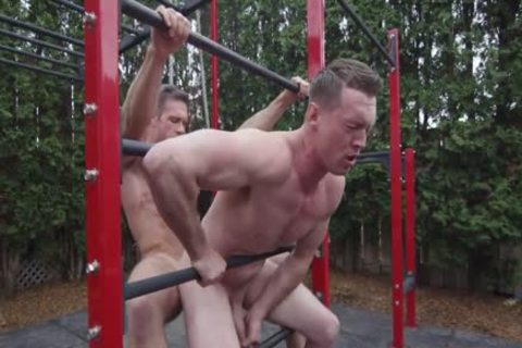 Public Figure With Alex Mecum & Pierce Paris