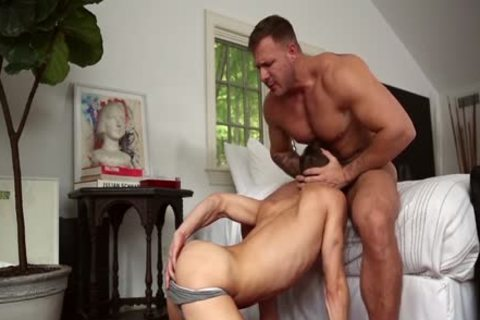 Austin Wolf Goes bare With Austin Avery