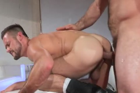 Muscle homo Pornstars Jaxton Wheeler And Mike De Marko In Mechanic pound homo wazoo Scene