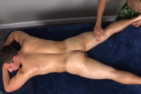 A rimming Addicted Masseur acquires What that chap merits