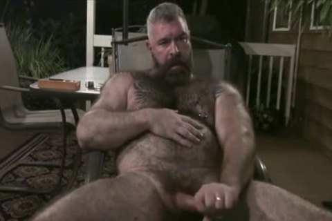 Daddy Bear Breeds Sub Outside