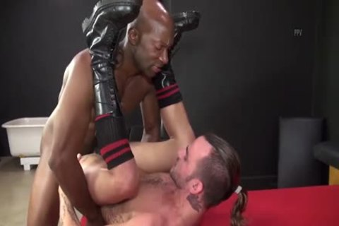 Champ Robinson Uses His humongous Tool In A Thight backdoor