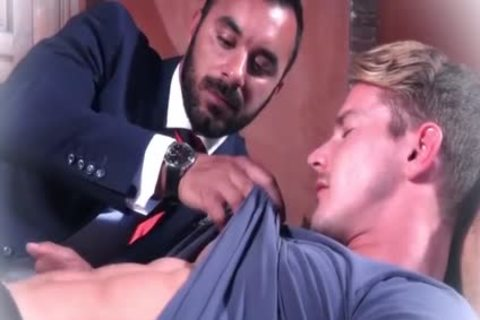 Muscle homosexual men anal invasion And cumshot