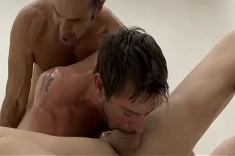 Three Way bareback At Bedroom