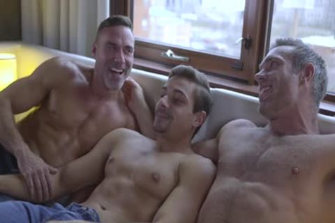 Alex Mecum, Carter Dane & Manuel Skye - double penetration