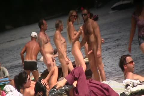 SPYING ON nude men AT THE NUDIST BEACH - VOL 1